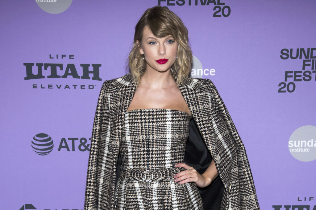 Taylor Swift Maintains Youthful Diligence in Fearless (Taylor's Version)