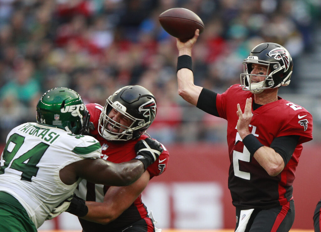 Pitts' breakout game the difference in victory over Jets
